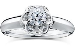 FLOWERBASKET 16 フラワーバスケット16 453,200 円(税込)~ 婚約指輪