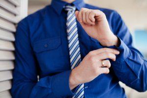 あなたは定番派?カジュアル派?普段着の好みで選ぶ「花婿の結婚指輪」