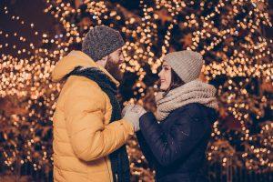 イルミネーションに包まれて…クリスマスやお正月にプロポーズを!